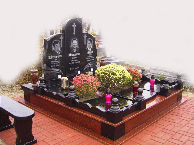 Купити Ритуальні комплекси з габро й граніту