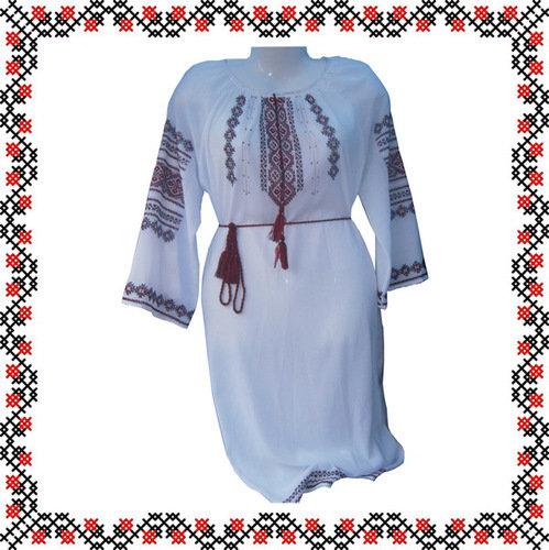 Плаття з вишивкою ручної роботи 7464acc9e3162