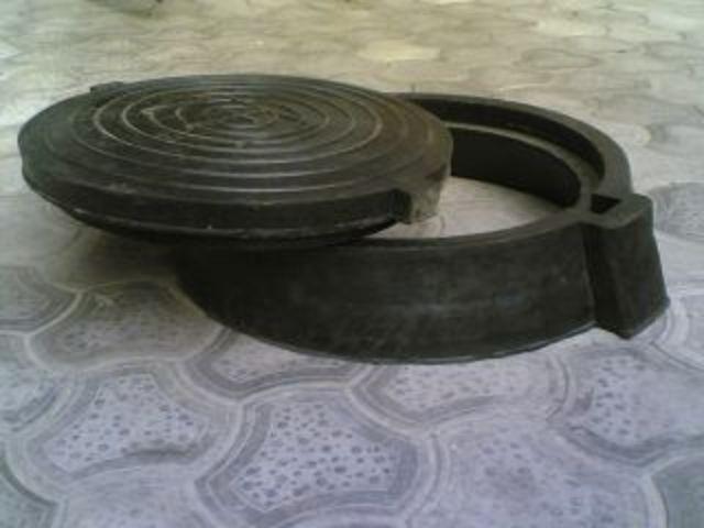 Buy Rubber manhole to 0,5tn