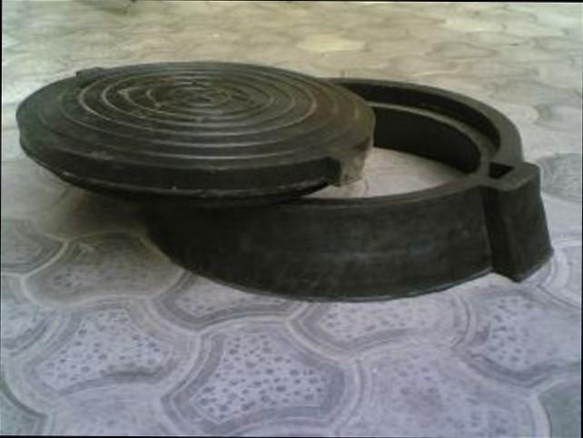 Buy Rubber manhole to 12,5tn
