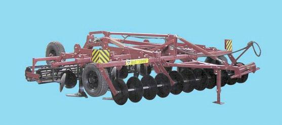 Купить Агрегат полунавесной универсальный комбинированный для многооперационной обработки почвы модели ЛКП-4.4