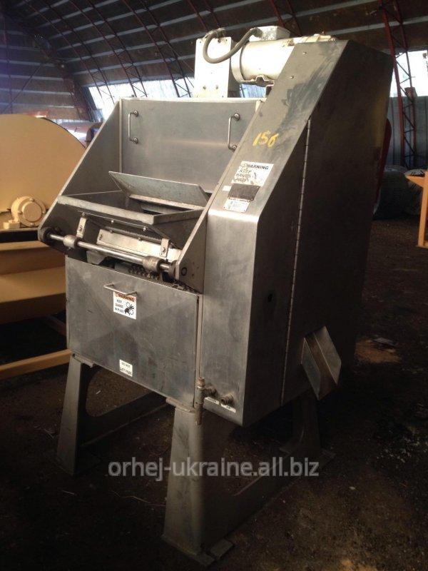 Машина для удаления косточки из вишни с сохранением плода (Швейцария)