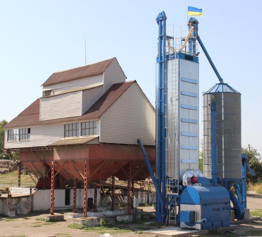 Buy Zernosushilka KZS-10 on straw and firewood