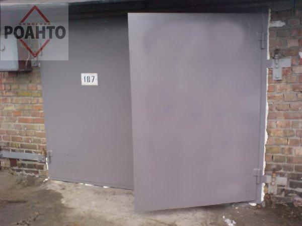 Ворота распашные металлические от компании РОАНТО
