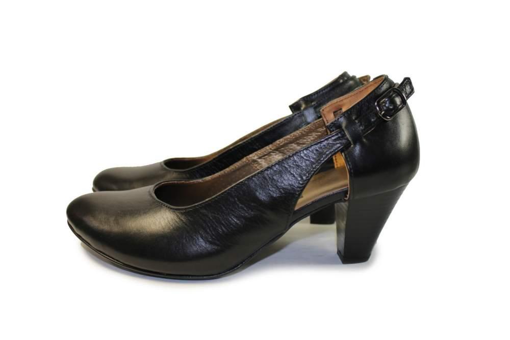 Туфлі шкіряні на каблуці купити в Миколаїв 6bcb5832b018a