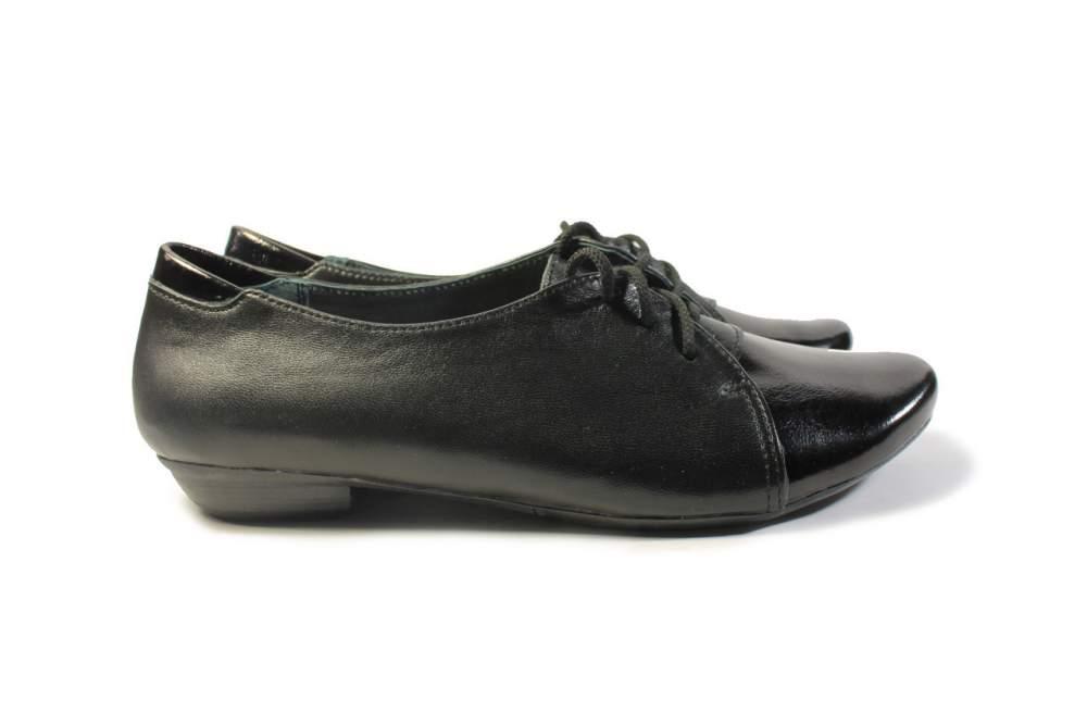 Шкіряні туфлі жіночі без каблука купити в Миколаїв 1ba4ed14694c9