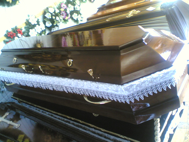 Гробы, елитные саркофаги, труны, домовины пр-ва Венгрия, Ужгород