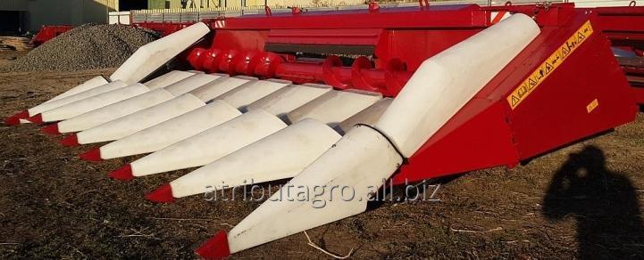 Жатка для кукурузы CORN MASTER на комбайн Массей Фергюсон, Кейс-Аксиал.