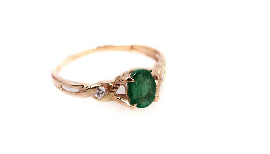 Золотое кольцо с изумрудом, Артикул: К124