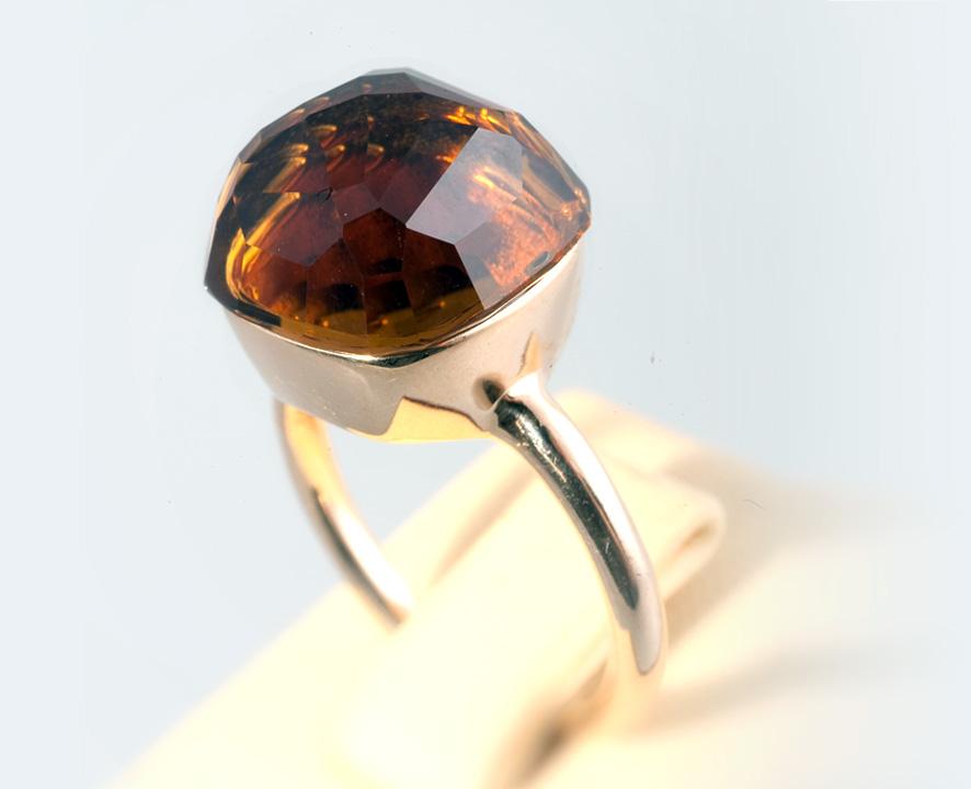 Кольцо золотое с Бразильским цитрином Артикул: К091