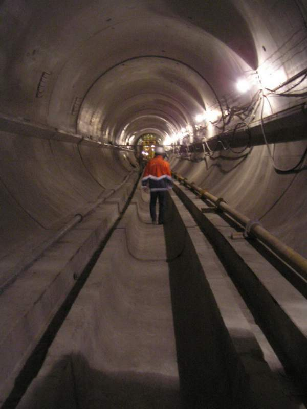 Опалубка туннельная-  Механизированная опалубка для устройства монолитной железобетонной рубашки в тоннеле
