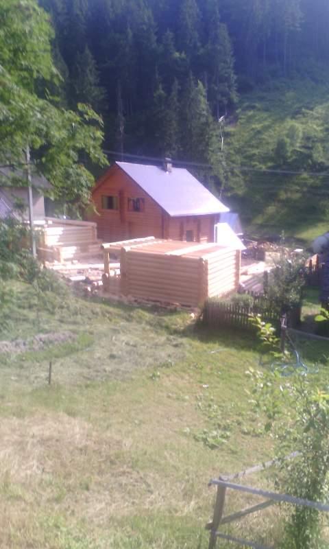 Деревянная баня из дикого сруба 6х6 от производителя