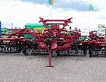 Купить Культиватор универсальный клиновой КУХ-3 для культивации и рыхление междурядий на хмельниках, может использоваться в садах, виноградниках, а также в фермерских господарствах для культивации и рыхление грунта.