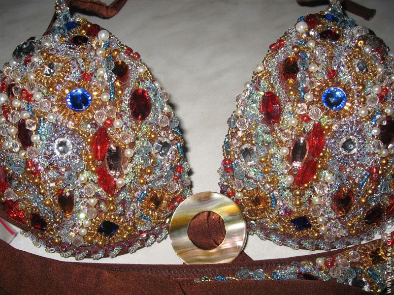 Вышивка кристаллом сваровски