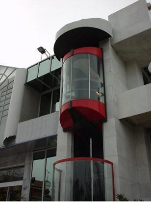 Лифты панорамные (с прозрачными кабинами) PANORAMIC 3