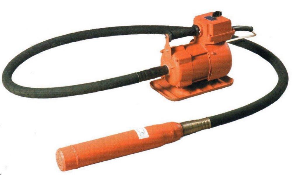 Купити Глибинний вібратор еПК-1300 (220В, 1ф, 1.3 кВт, д51) Росія