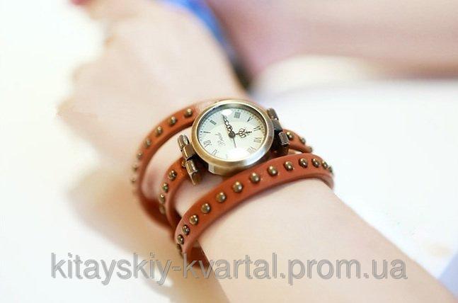 Часы браслет отличного качества на длинном кожаном ремешке цвет рыжий