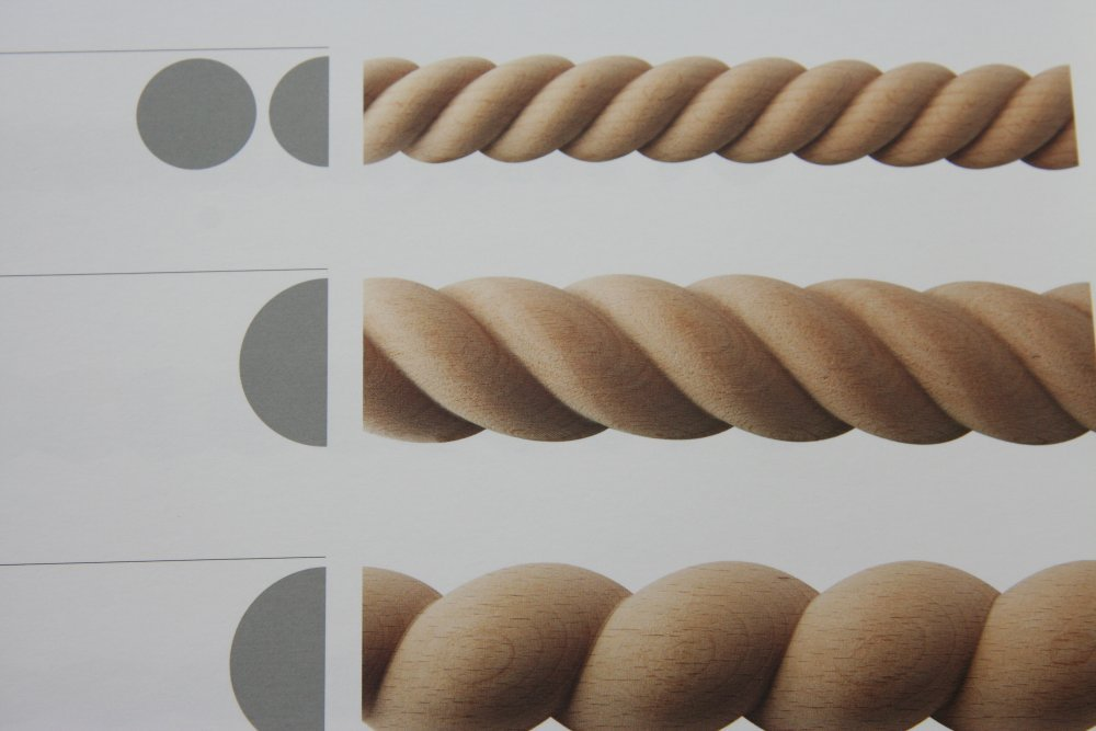 Ebanisteria Marelli - wooden carved moldings, braids and eaves, carved  pogonazh