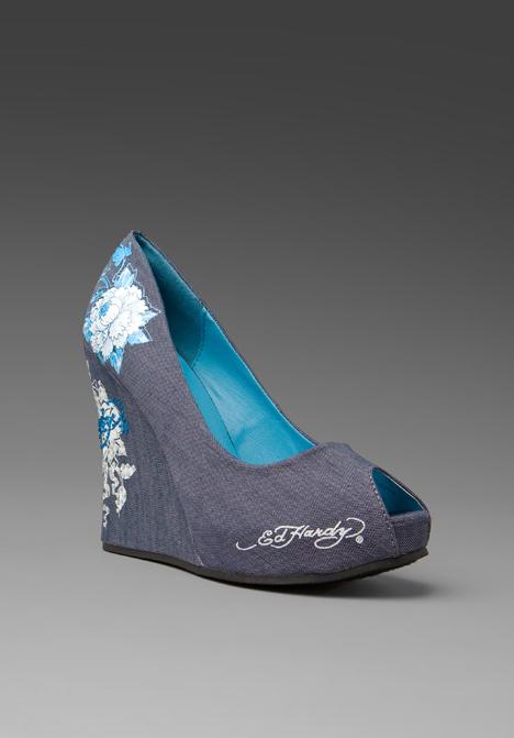 фирма anna sui обувь фото, где купить самые стильные ботфорты в москве.