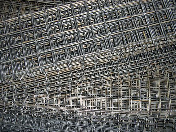 Сетка кладочная 50х50, 100х100 для кирпичной кладки, под облицовку, рваный камень, плитку, гранит из проволоки ВР-1 3, 4, 5, 6 мм в картах 0,38х2, 0,5х2, 1х2, 2х6