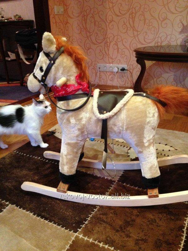 Интерактивная лошадка каталка музыкальная издающая звуки