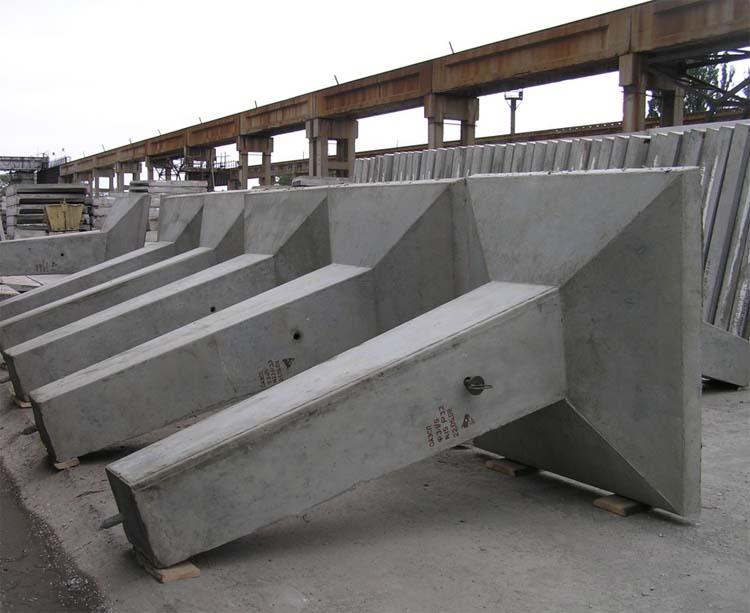 Купити Фундамент під високовольтні опори 35-500 кВт Ф4-05