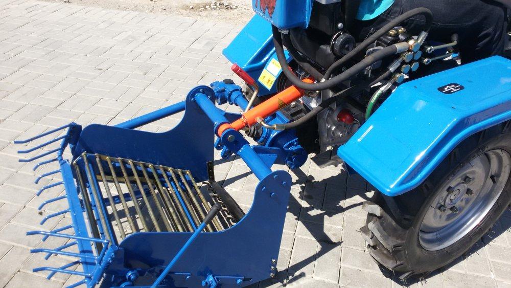 Купить Картоплекопач мототракторний транспотрерний