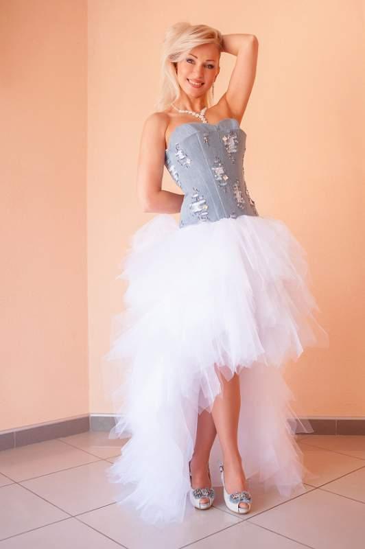 Луганск магазины выпускных платьев
