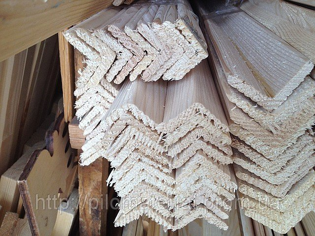 Уголок деревянный липовый, ольховый наружный ,