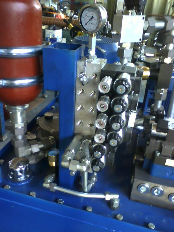 Assembly is carried out from import accessories. Industrial, mobile and industrial hydraulics.