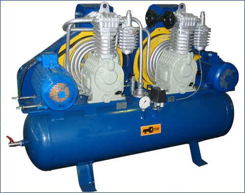 """Купити """"Компресор ДО-33Ф ресивер 250 л; тиск 25 Атм; продуктивність 900 л/хв; електродвигун 380В; 2880 об/хв; стационарній з автоматикою й фільтрацією"""""""
