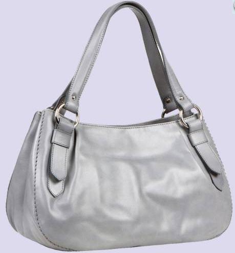 Оригинальная стильная женская сумка из натуральной кожи Цвет белый.