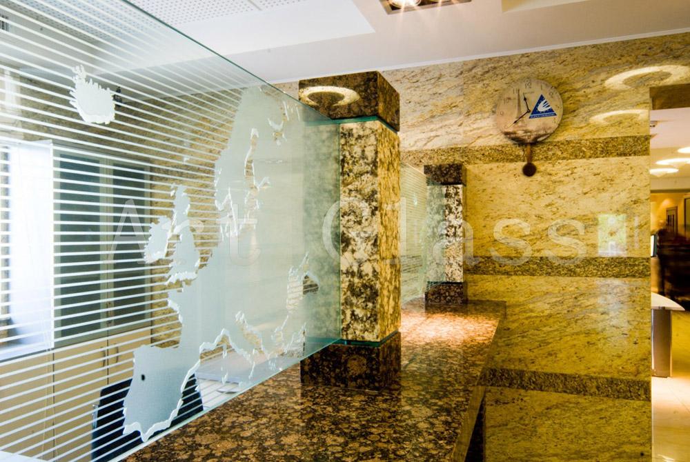 Перегородки офисные из стекла - на заказ, эксклюзивное исполнение