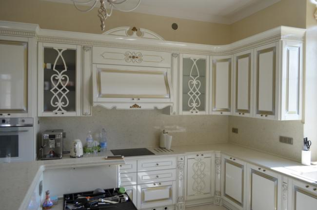 Столешница на кухню из кварцита