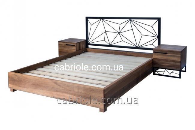 кровать из массива ореха, тумбы прикроватные орех