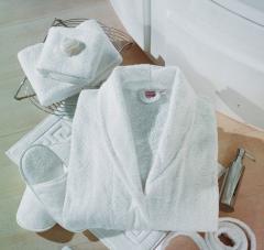 Халаты и полотенца махровые для гостиниц и отелей,