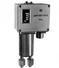 Sensors relays of a difference of pressure