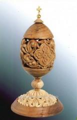 Easter eggs made of wood, handmade