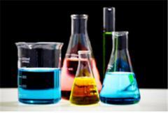 Реагенты для очистки скважин и оборудования для