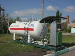 Stationary refueler of gas