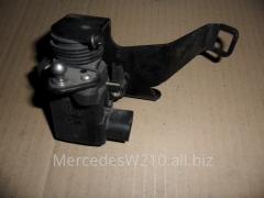 Электронная педаль газа Мерседес W-210.E-класс