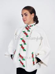 Пальто женское вышитое