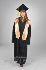 The graduate's cloak black with gold scarf