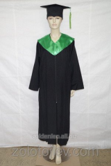 The graduate's cloak with green collar