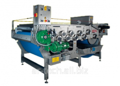 Tape press for fruit of 3000 kg/h