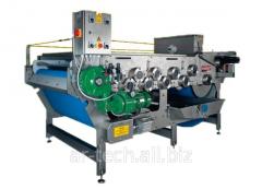 Tape press for fruit of 3000 kg/h