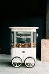 Kiosk on wheels