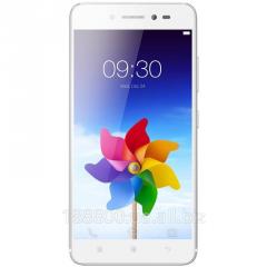 Телефон Мобильный  Lenovo S90 32GB (Platinum)