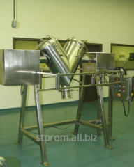 Mixers for melting and hashing of confectionery