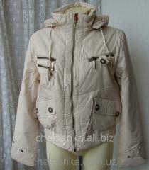 Куртка женская теплая демисезонная капюшон р.44,